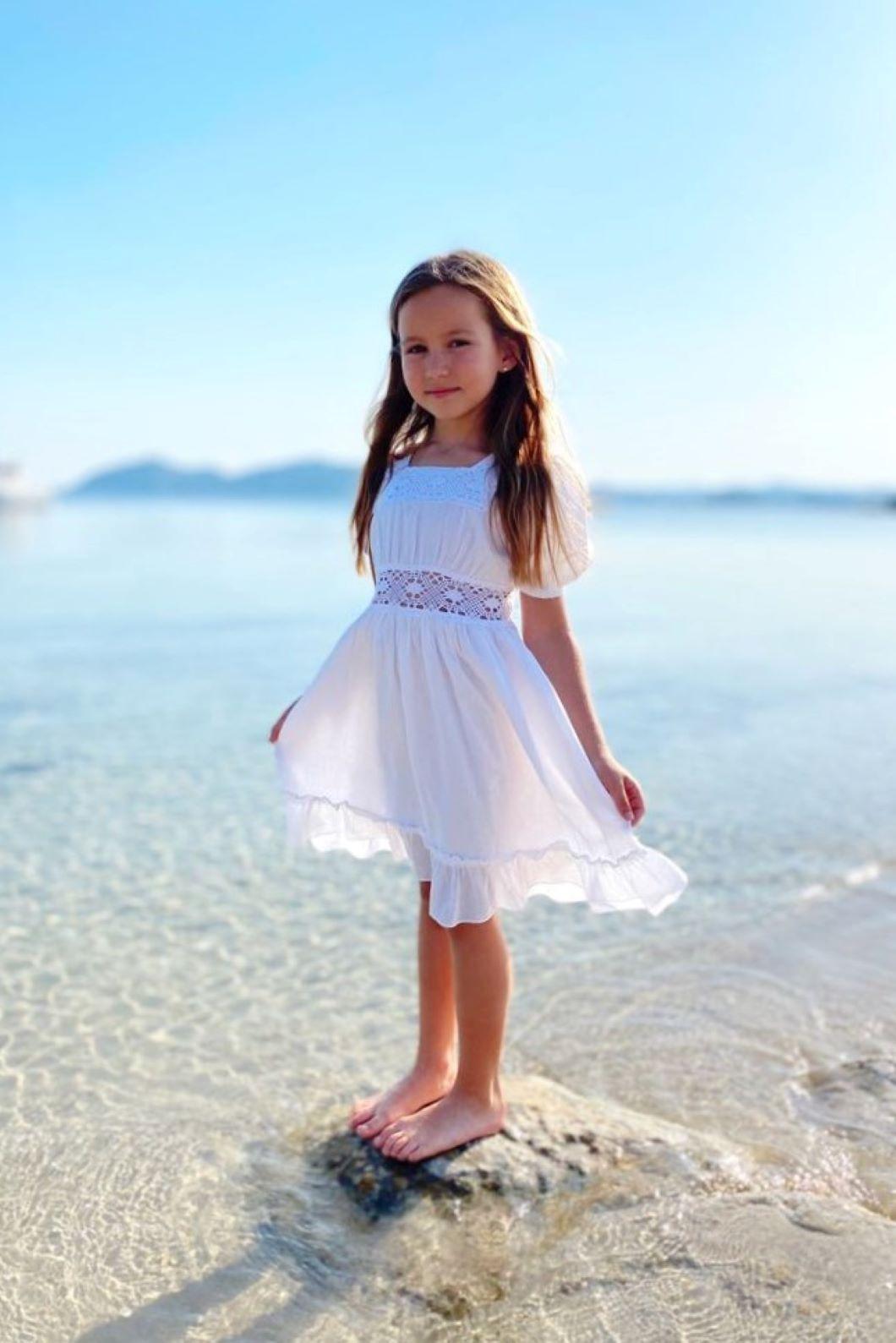 Vestido ibicenco blanco nina Mia 1